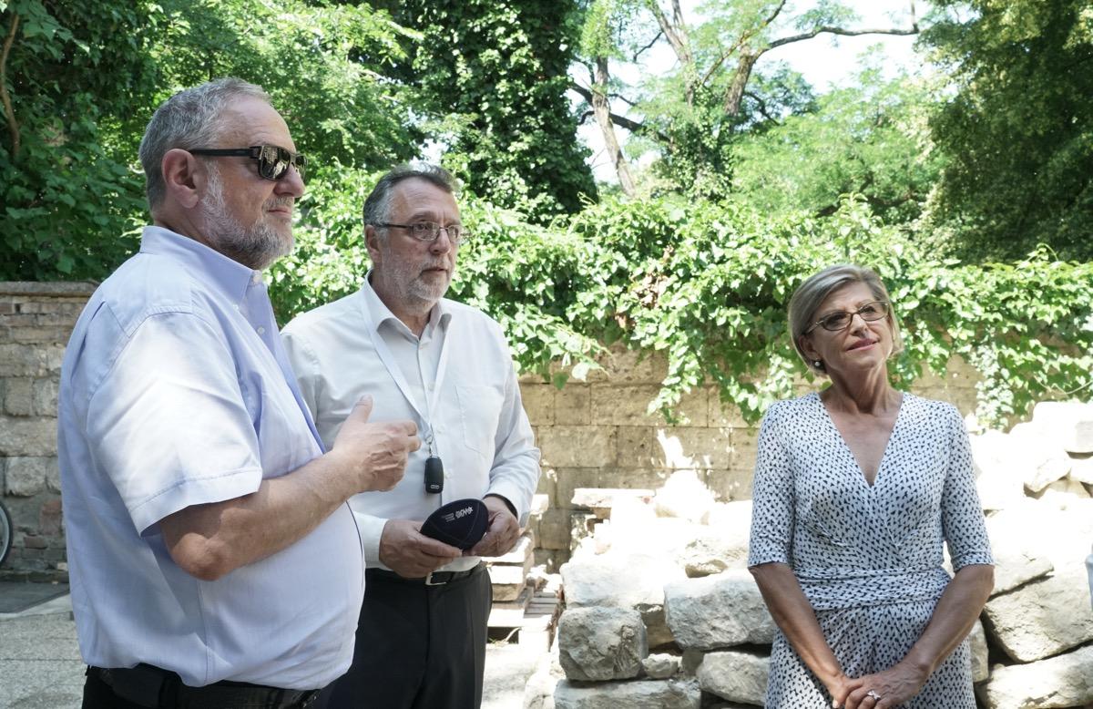 Látogatás a Salgótarjáni utcai zsidó temetőben<br> Fotó: Fotó: Krasznai-Nehrebeczky Mária